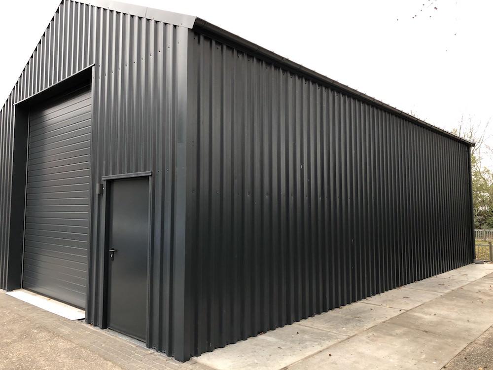garage zwart